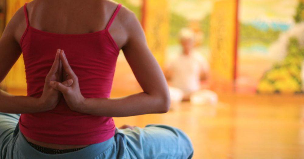 Комплекс виньяса-флоу йоги от клэр миссингэм поможет быстрее восстановиться после рождения ребенка