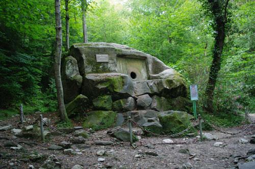Долина легенд – 33 водопада + Волконский Дольмен