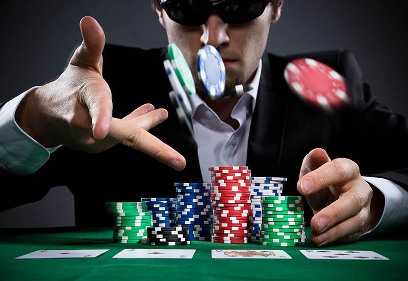 Еженедельные турниры покерного клуба