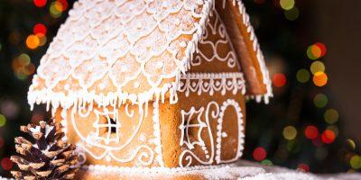 Скидка до 55% на новогодние пряничные домики и пряничные наборы от фабрики «Крымский пряник»